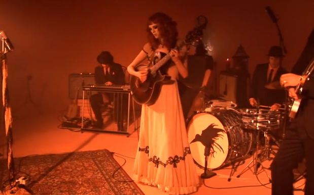 Karen Elson And Jack White Combine For Video