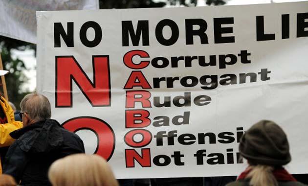 Sydney Protestors Call To Quot Axe Da Tax Quot Pedestrian Tv