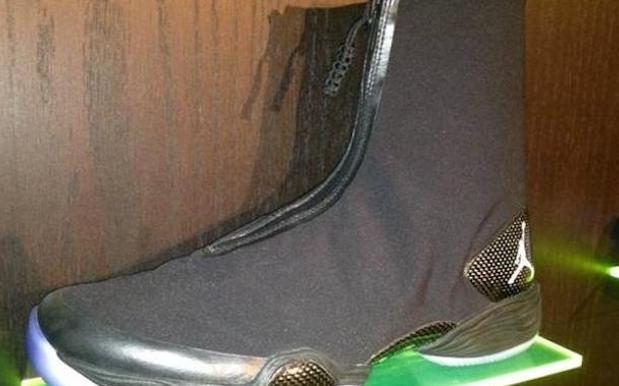 Ass Shoe 52