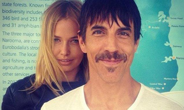 Lara Bingle Was Hanging With Chili Peppers' Anthony Kiedis