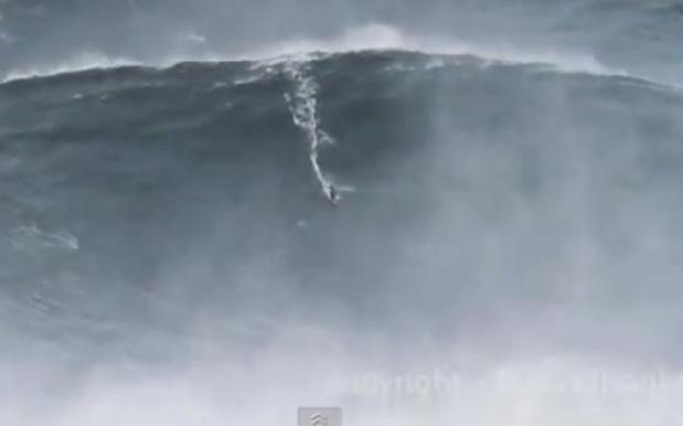 Surfer Breaks World Record With 100ft Ride