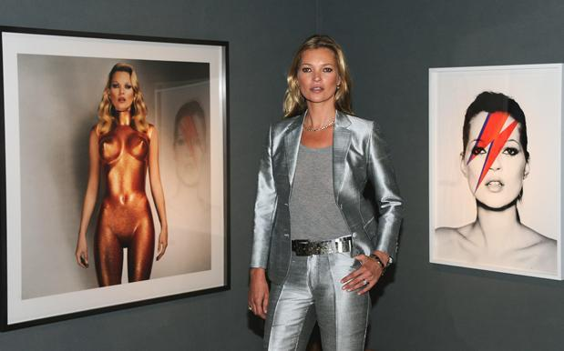 Kate Moss And Rihanna Naked Together In V Magazine