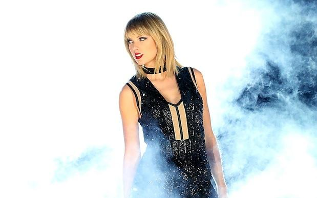 Taylor Swift Describes Alleged Groping Incident In Just-Released Court Docs