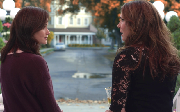 Netflix Is Up For A 2nd 'Gilmore Girls' Revival So You Might Still Get Answers