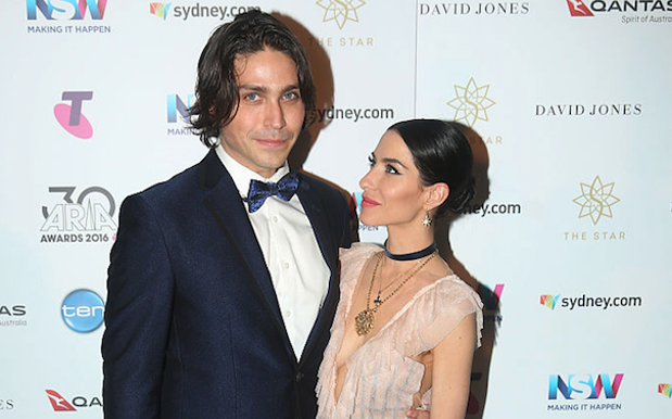 The Veronicas' Lisa Announces Her BF Hooked Her Up W/ An Engagement Ring