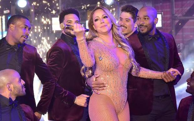 Mariah Quits Social Media Over NYE Fiasco But Not Before Going Full Mariah