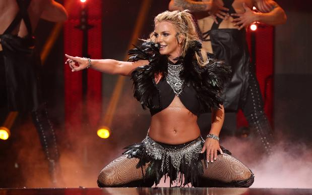 Britney's Iconic Vegas Shows Are Ending In 2017 So Book Yr Flights, Bitch