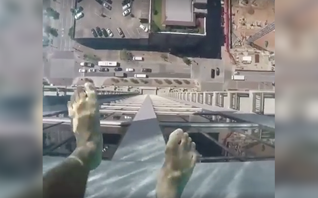 This Glass Bottomed Hotel Pool Looking 152M Down Is Dacks-Crapping Fuel