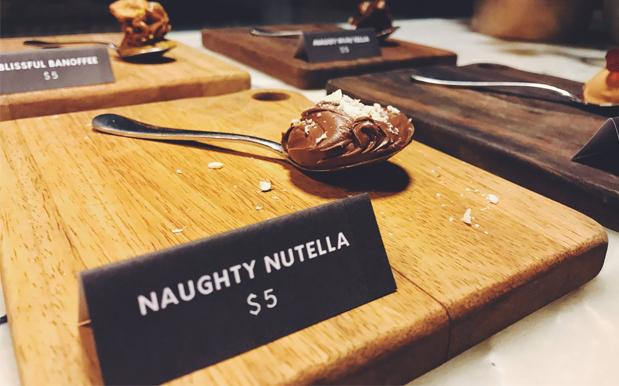 A Cafe In Melbs Is Flogging $5 Spoons Of Nutella & Surely It's A Stitch-Up