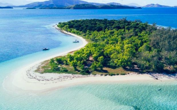 New Caledonia Named Fastest-Growing Vacay Spot For Wanderlusting Aussies