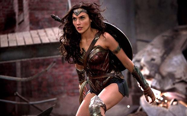 Gal Gadot Took Home A Surprisingly Small Pay Cheque For 'Wonder Woman'