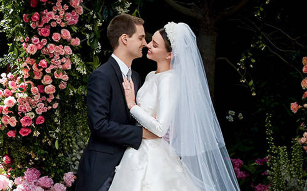 So Miranda Kerr Is A Lil' Slice Of Heaven In The 1st Pics From Her Wedding