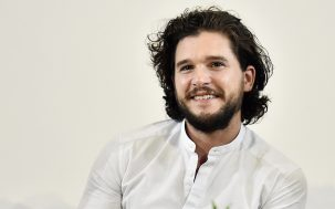 Please Enjoy This Video Of Kit Harington Pretending To Be A Dragon On The 'Thrones' Set