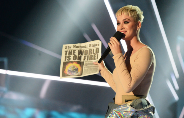 Stagehand Sues Katy Perry After Losing Toe on Prismatic Tour