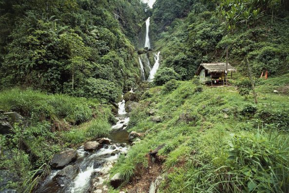 Here's Why Ecuador Should Be At The Top Of Yr Adventure Travel List