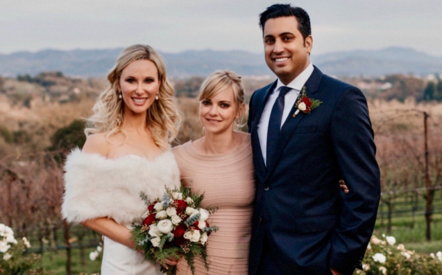 Queen Of Comfort Anna Faris Rocked Ugg Boots To Officiate Mate's Wedding