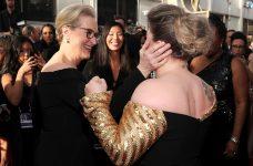 Kelly Clarkson Meryl Streep Golden Globes Red Carpet Fangirl