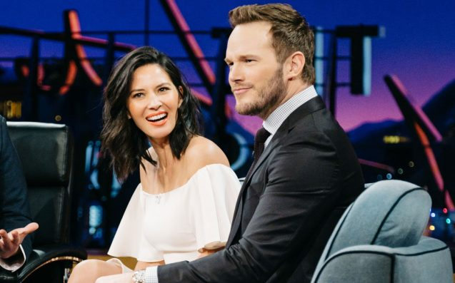 Olivia Munn texts Anna Faris that she isn't dating Chris Pratt