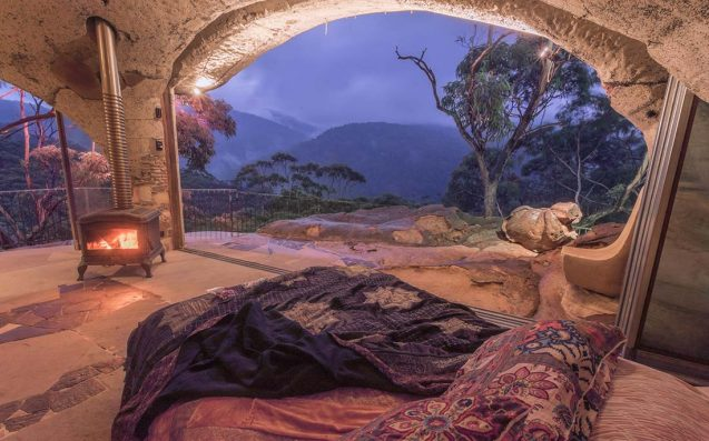 Epic Spots 'Round Australia For A 'Mini Moon', When A Honeymoon Isn't Possible