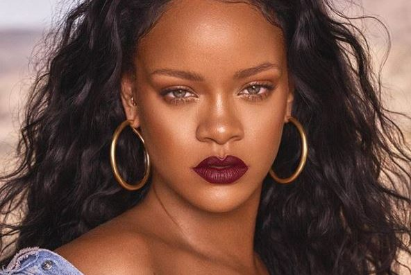Rihanna takes aim at Snapchat after beating ad