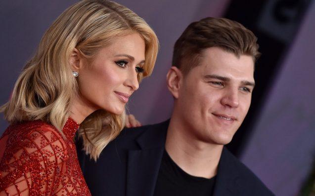 Paris Hilton briefly loses engagement ring at club