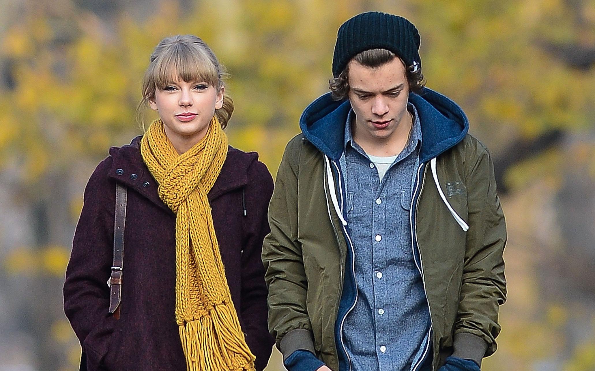 Harry Styles Taylor Swift 22 Song Lyrics Concert Copenhagen Ex