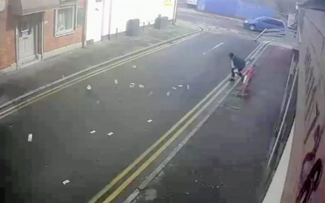 Two Idiot Robbers Lose The Cash They Just Stole To A Karmic Gust Of Wind