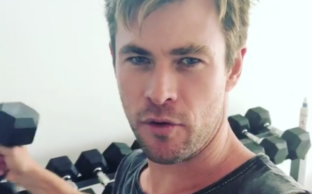 "Chris Hemsworth Celebrates 'Infinity War' With Bicep Curls & A Solid ""Yiew"""