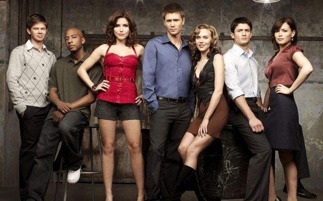 The Blessed Cast Of 'One Tree Hill' Cheekily Teased Some Sort Of Xmas Reunion
