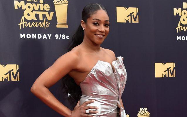 Chadwick Boseman Gives MTV Movie Award To Waffle House Hero