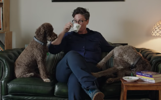 Hannah Gadsby's Full 'Nanette' Trailer Shows Why It's Not Ordinary Stand-Up